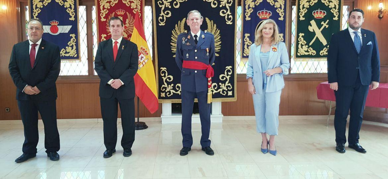 PETEC_entrega_la_Medalla_al_Merito_en_la_Ciberdefensa_a_Rafael_Garcia_Hernandez
