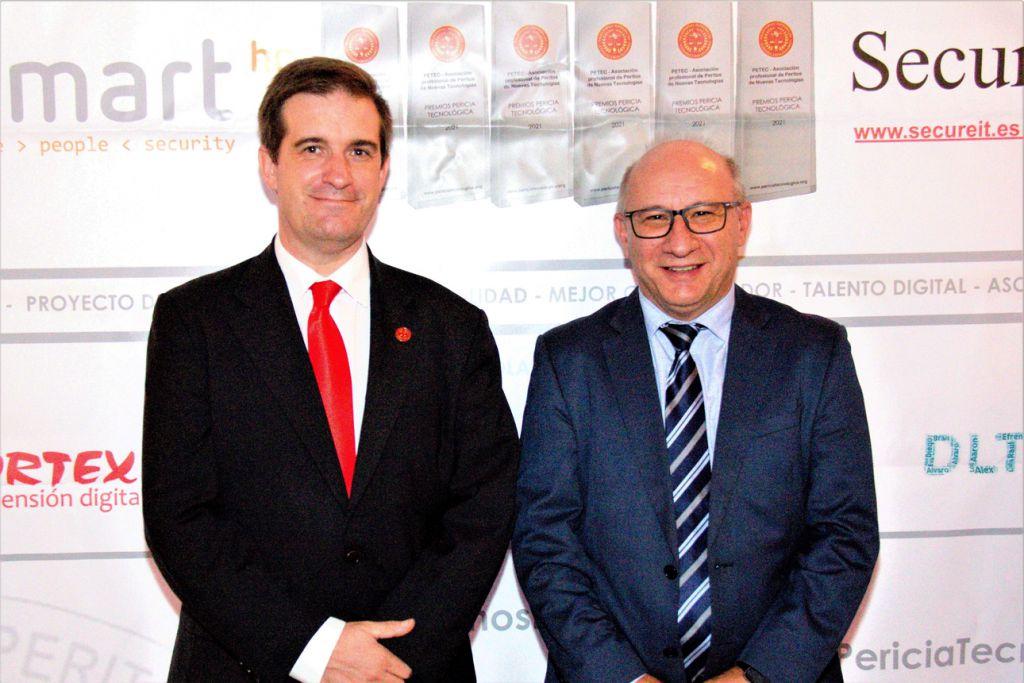 Carlos Lillo, Fernando Mairata y . Premios Pericia Tecnologica 2021