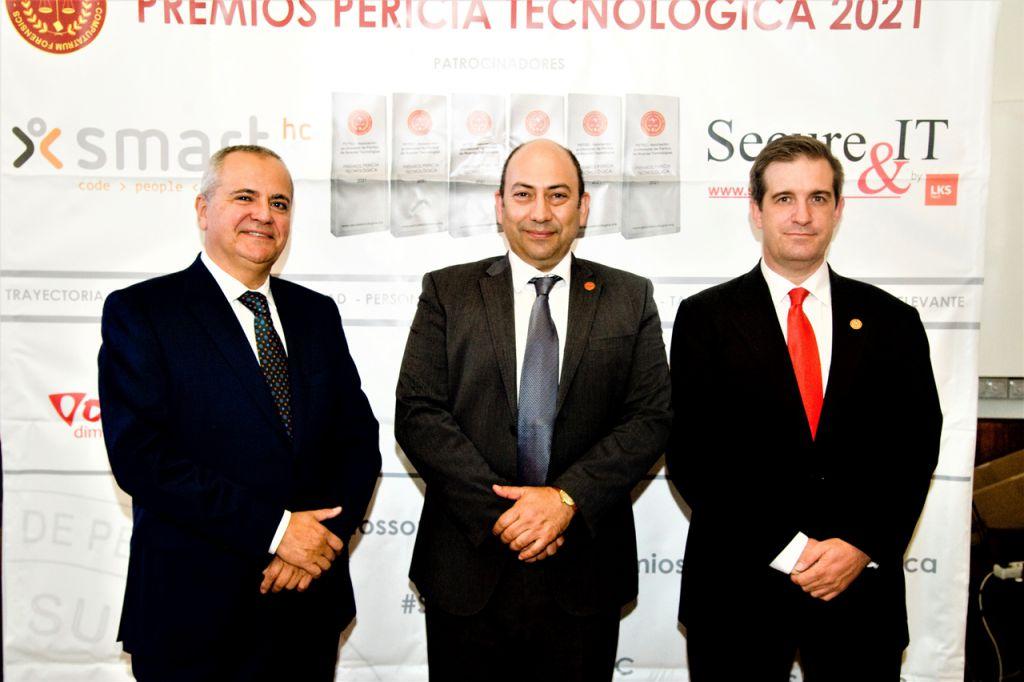 Juanma Romero, Marlon Molina, Fernando Mairata. Premios Pericia Tecnologica 2021