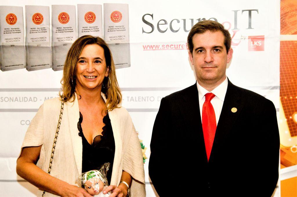 Rosa Díaz, Fernando Mairata. Premios Pericia Tecnologica 2021